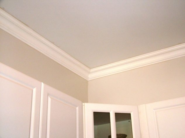 Installing Crown Molding Into Your Ceiling Easily