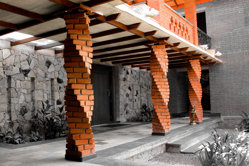 Brick And Stone Pillars : Brickwork twisted pillars engineering feed